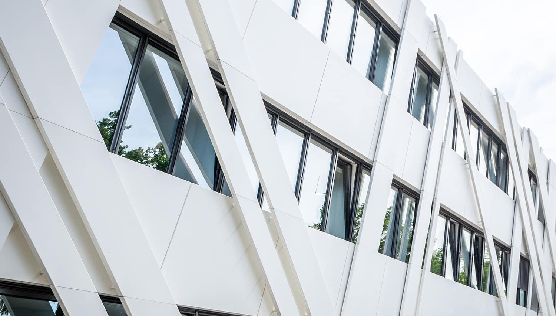 HOFF Saertex Büro Fassadenaufbau