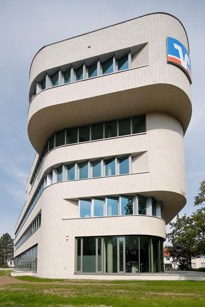 Bürogebäude mit außergewöhnlicher Architektur