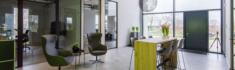 Bürogebäude und Logistikhalle von HOFF und Partner für Theo Dreier Moden